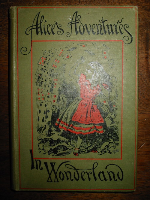 Lewis Carroll Alice's adventures in wonderland... with forty-two illustrations by John Tenniel 1922 London Macmillan and Co., Limited St. Martin's street