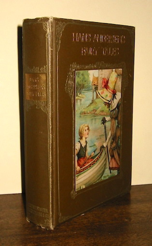 Hans Andersen, Hans Andersen's fairy tales. Translated from the Danish by W. Angeldorff. Edited, with an Introduction, by Walter Jerrold. Illustrated by Frank C. Papé, s.d. (1895 ca.), London - New York, Ernest Nister - E.P. Dutton & Co.